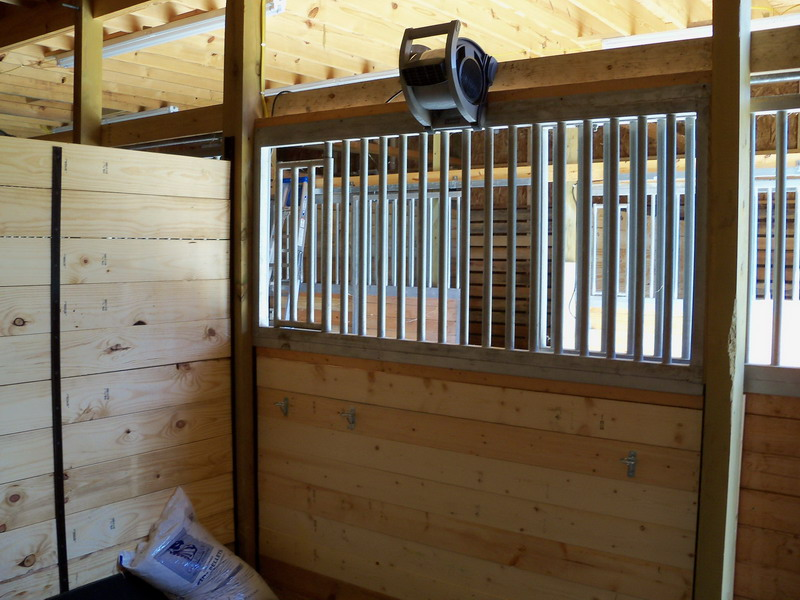 Horse Stall Ventilation : Devine farms home